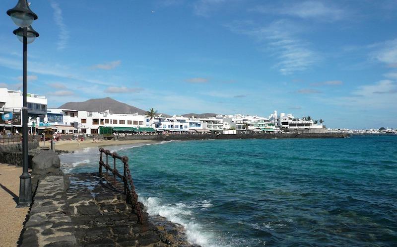 Holidays, art, Lanzarote, César Manrique, low rise