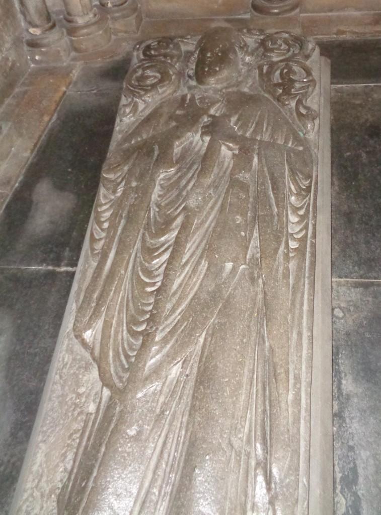 Stone carving, bishop Walter de Blois, Worcester cathedral