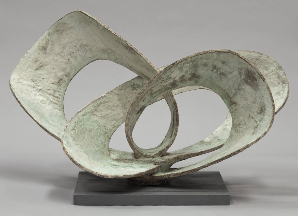 Barbara Hepworth, Curved Forms (Pavan), 1956. Impregnated plaster, painted, on an aluminium armature 52 x 80 x 48.5 cm Presented by the artist's daughters, Rachel Kidd and Sarah Bowness, through the Trustees of the Barbara Hepworth Estate and the Art Fund © Bowness. Photo: Jerry Hardman-Jones